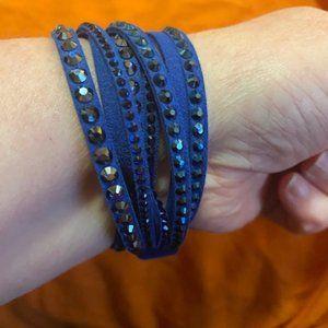 ⬇️ SALE! Swarovski Deluxe Slake Bracelet - Blue